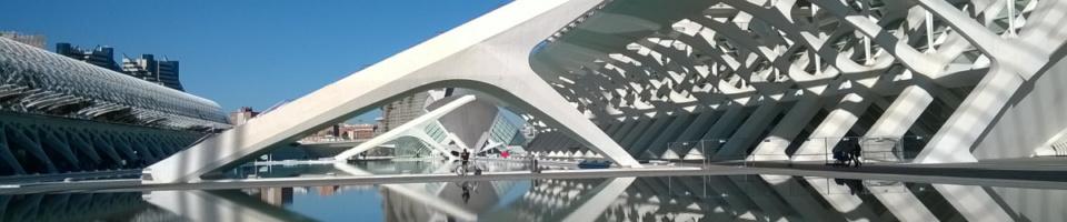 Detalle del entorno de la CIutat de les Arts i les Ciències de Valencia