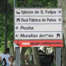 Indicadores de monumentos en Brihuega