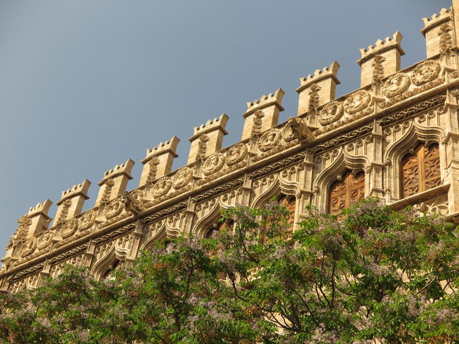 Fachada de la Lonja de Valencia