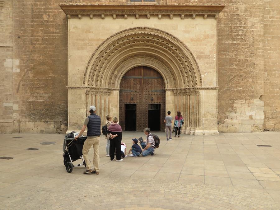 Puerta de los Arcos o de l'Almoina