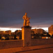 Estatua del Puente de San José