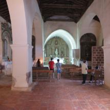 Interior de la iglesia de Almiruete