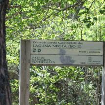 Cartel en la Laguna Negra, en Soria