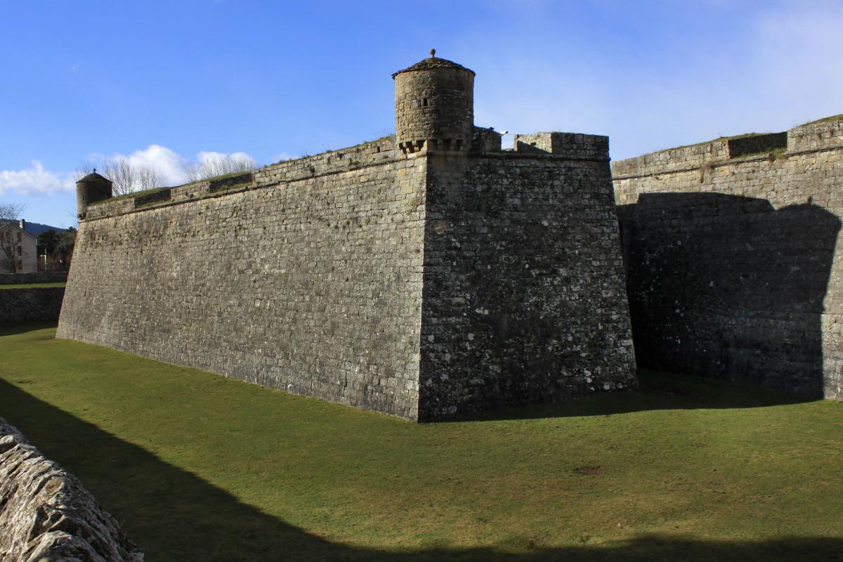 Edificio de la Ciudadela de Jaca