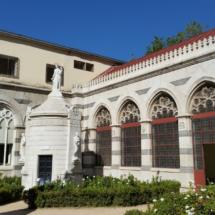Edificio del Panteón de Hombres Ilustres de Madrid