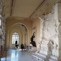 Interior del Pantelón de Hombres Ilustres de Madrid