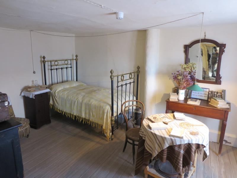 Dormitorio de Antonio Machado en su casa de Segovia