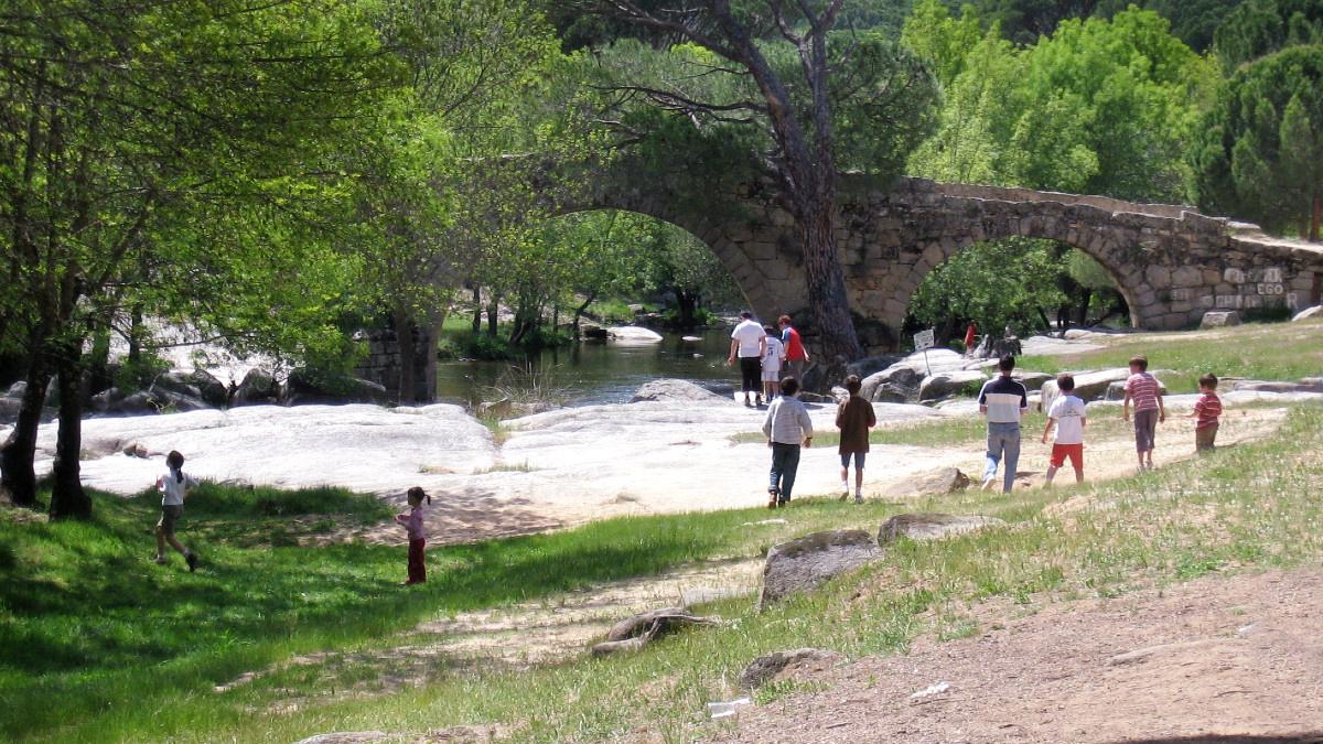 Las excursiones y los picnic en el campo son ideales para el mes de abril