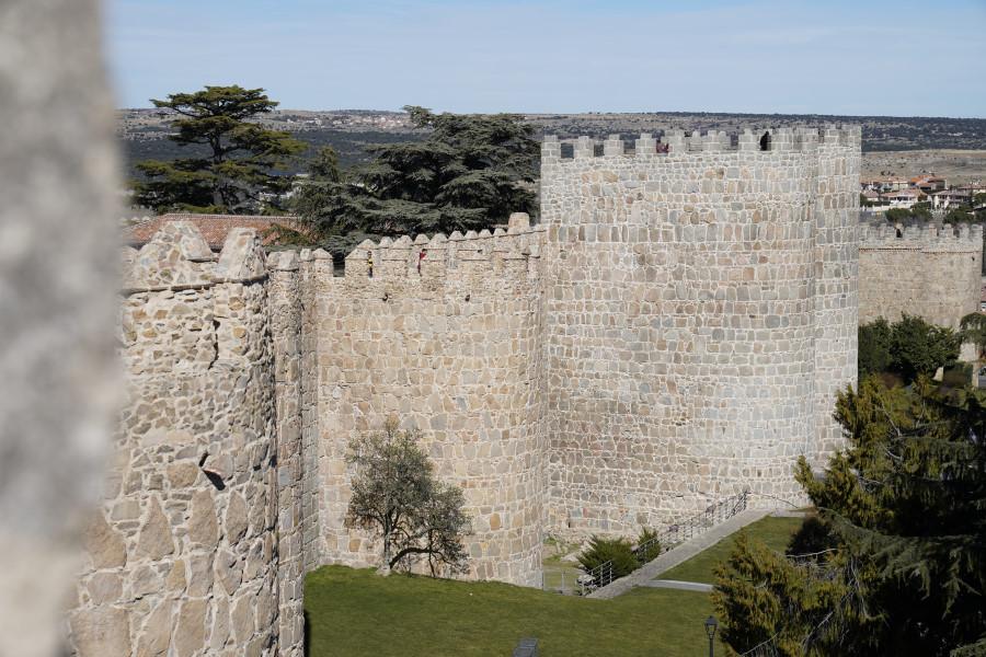 Altura de las Murallas de Ávila