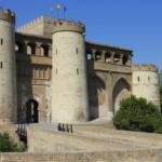 El Palacio de la Aljafería de Zaragoza, con niños