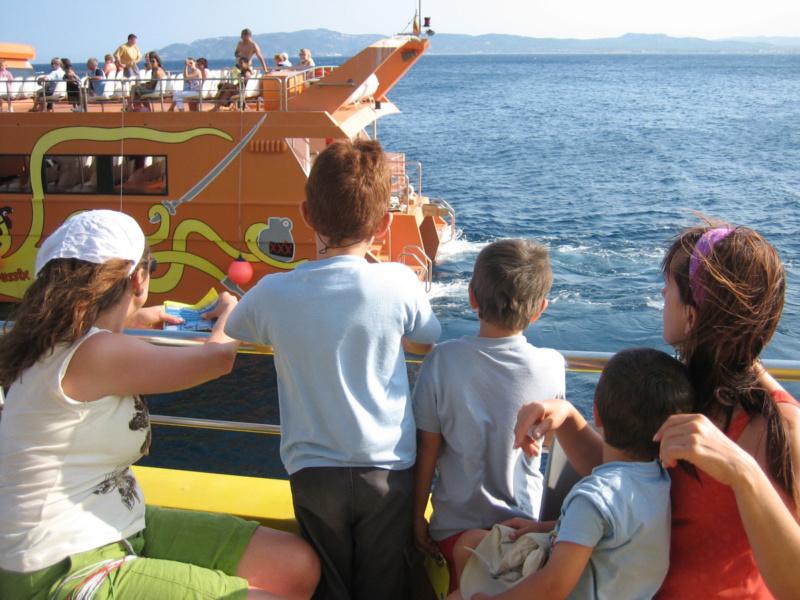 'Catálogo' de viajes turísticos en barco que molan para hacer con los peques