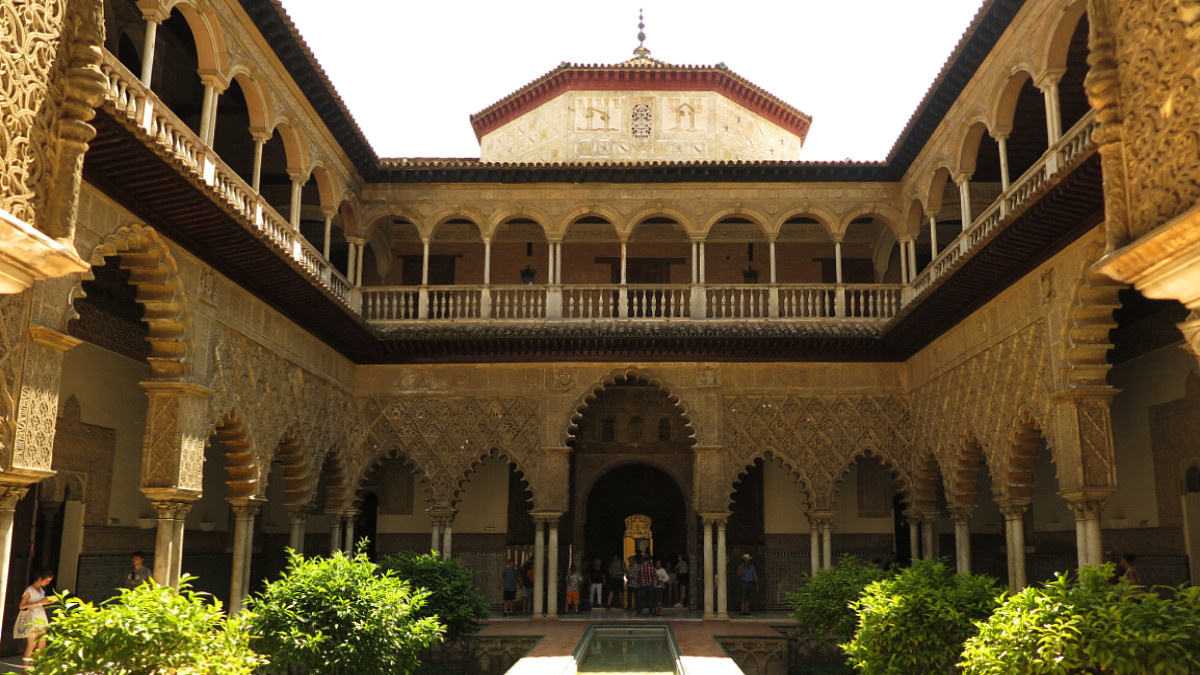 Patio del Alcázar de Sevilla