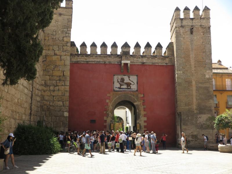 Alcázar de Sevilla: Puerta del León