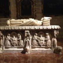 Talle de una tumba en la Catedral de Sevilla