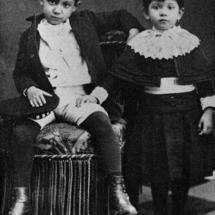 Pablo Picasso y su hermana Dolores