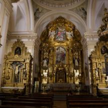 Nave central y altar mayor de la iglesia de las Trinitarias