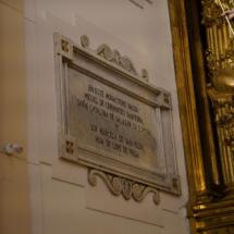 Placa del altar mayor del convento de Trinitarias de Madrid
