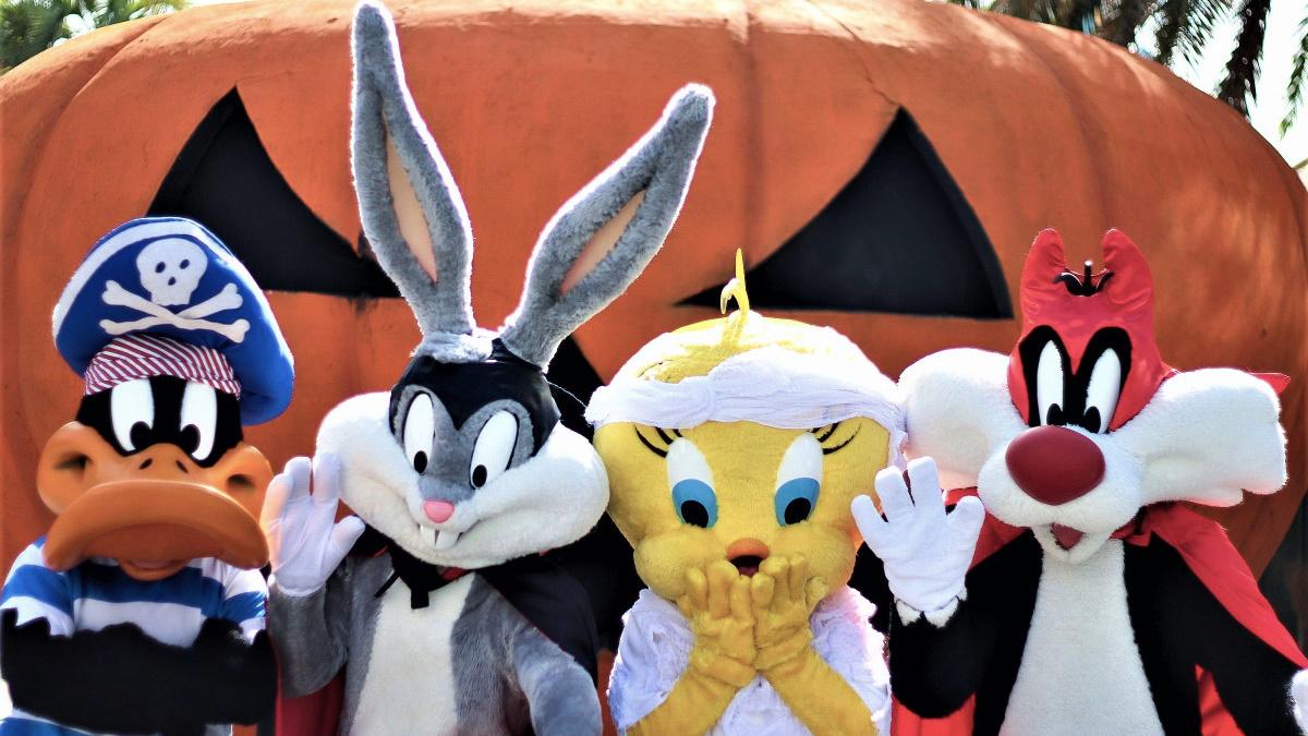 Los Looney Tunes esperan a los peques este Halloween en el Parque Warner
