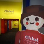 Exposición de escenas históricas con clicks de Playmobil en Madrid