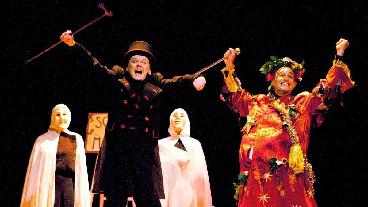 Escena de una representación teatral de 'Cuento de Navidad'