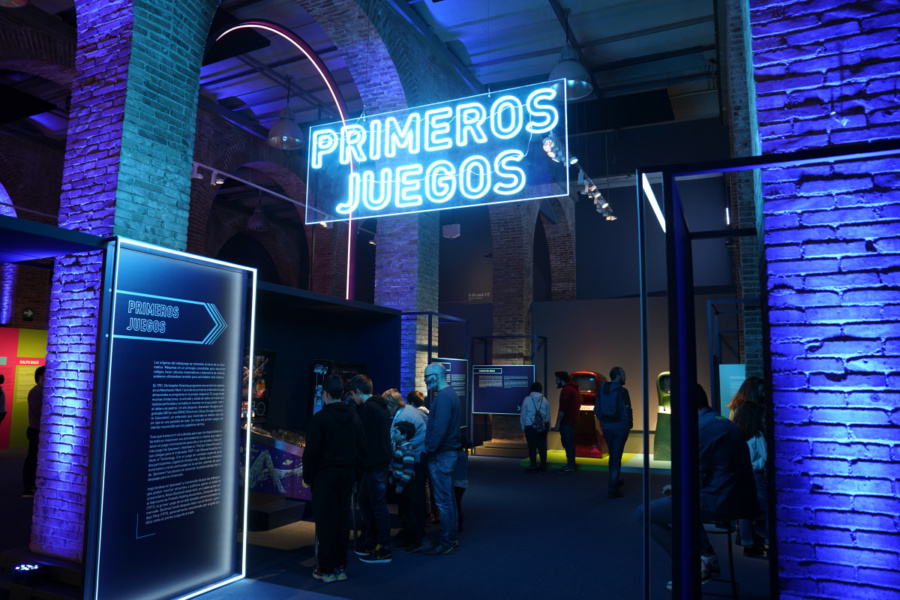 Decoración de las salas de la exposición 'Game On'