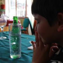 Ambiente de una mesa en el restaurante El Torcas del Valle del Jerte