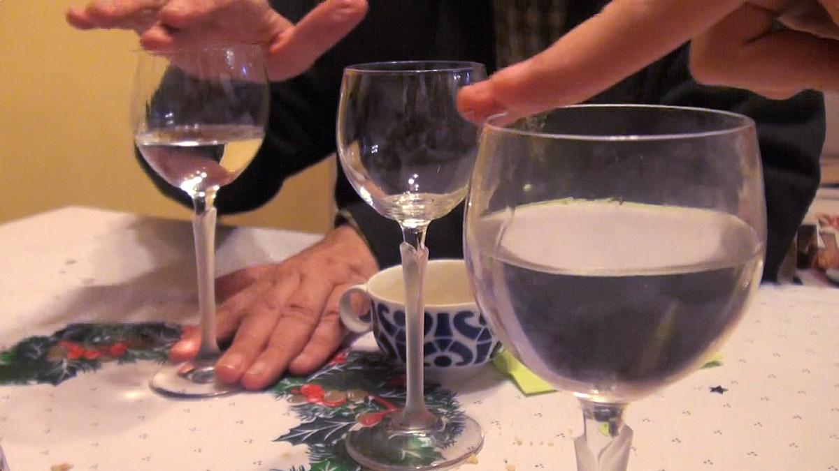 Te contamos el truco para hacer 'cantar' una copa
