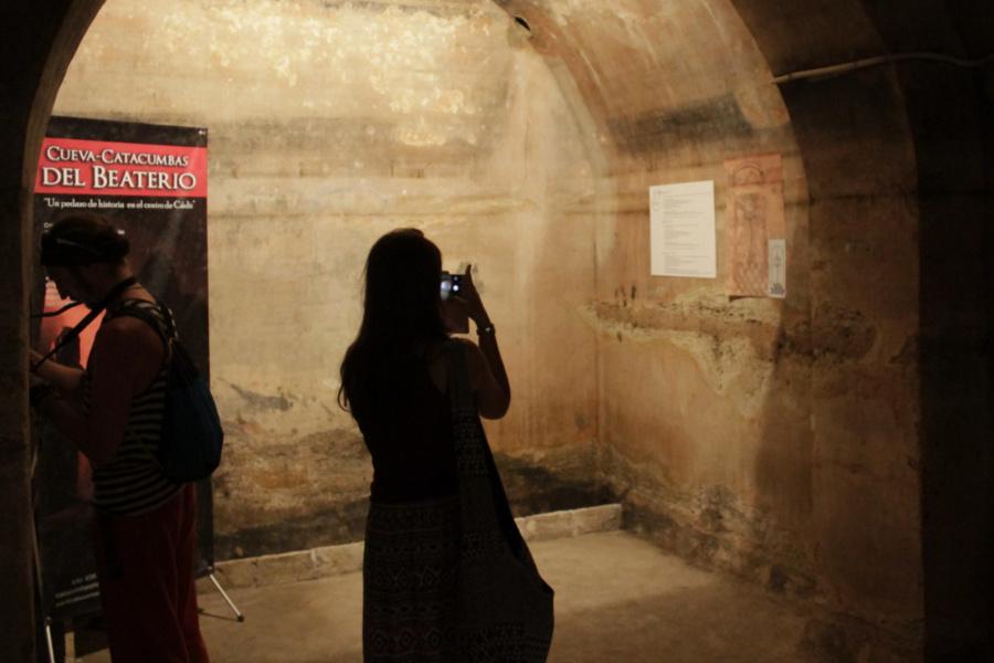 Visitamos las Catacumbas del Beaterio de Cádiz, un lugar de enterramiento del s. XVII