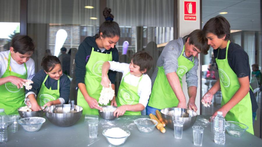 Imagen de un campamento de cocina Master Chef