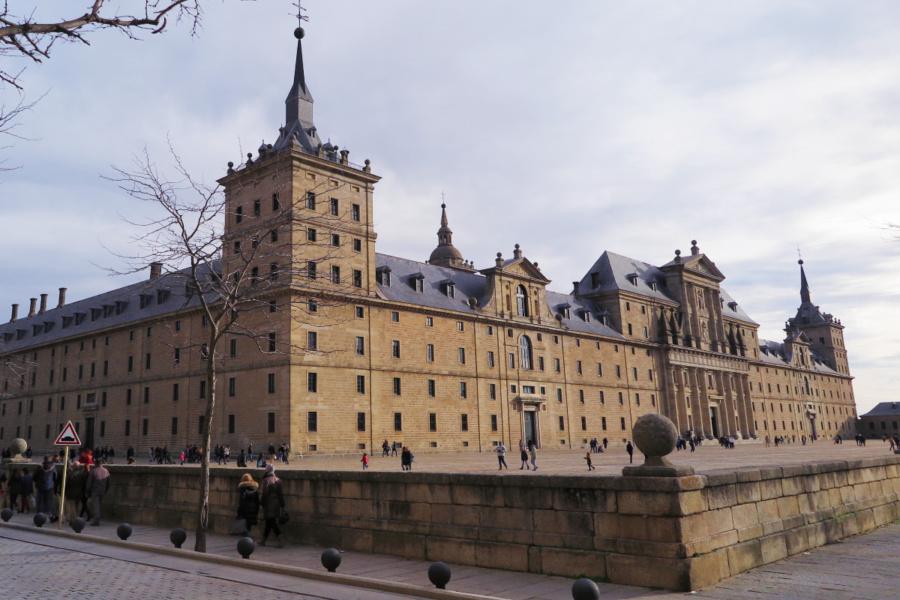 Vista del edificio principal del Monasterio de El Escorial