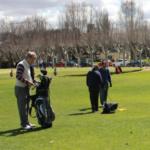 Jugar al golf con niños, ¿es un buen plan?