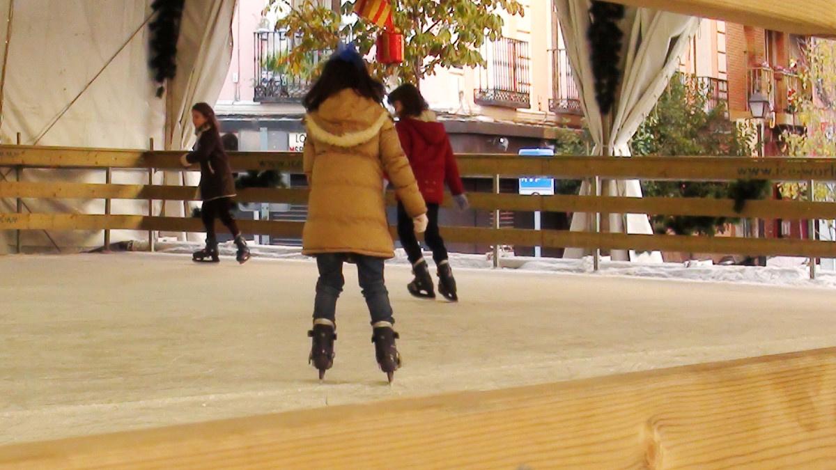 Pistas de hielo para patinar en Navidad