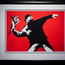 Love is in the air - Banksy